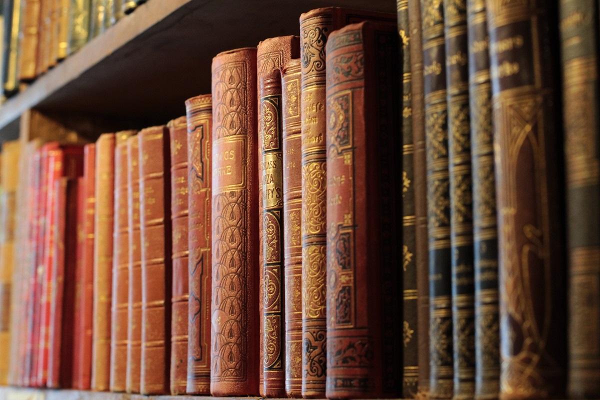 Libri su Atto. Una ricognizione in biblioteca
